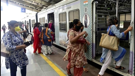 Experts and state officials are of the opinion that suburban train travel is one of the reasons behind the spike in Covid-19 cases in Mumbai and neighbouring areas, in the past few days. (Anshuman Poyrekar/HT Photo)