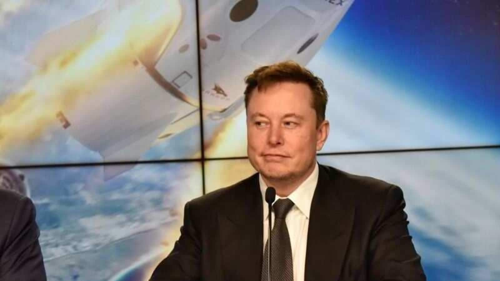 Elon Musk's reply to a Mars-related tweet has left people in splits