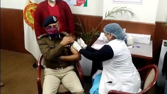 Vaccine coverage among Chandigarh cops increases to 31.5%