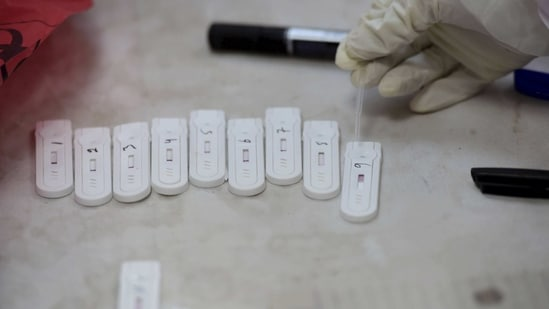 The state government had conducted 67,484 Covid-19 tests on Saturday comprising 45,873 RTPCR/CBNAAT/TrueNat tests and 21,611 Rapid Antigen Tests.(PTI)