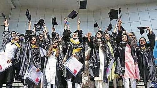 The university awarded 670 doctoral degrees, 44 super-specialty DM/M.Ch course degrees, 156 medals and 36 prizes in multidisciplinary fields.(Sanchit Khanna/HT file photo. Representative image)
