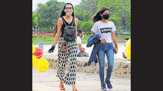 A masked conversation is much like an interaction on the phone, with the smile and the frown totally missing from the scene. (Representative Photo/HT)