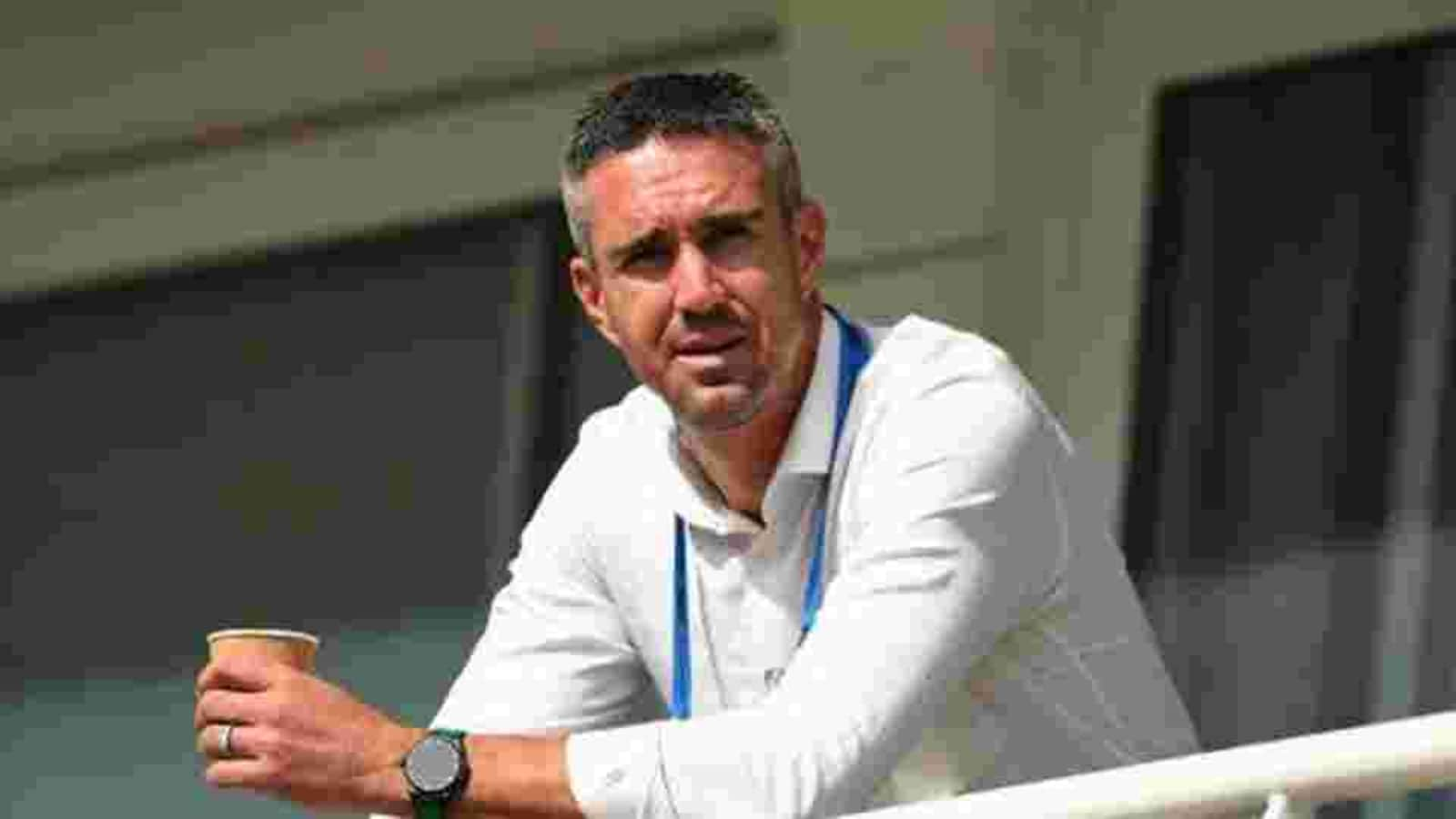 'It's defeatist attitude': Kevin Pietersen says England coach Chris Silverwood should not 'moan' about pitch - Hindustan Times