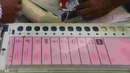 As per official figures, 59.19% votes were cast in Kalyanpuri, 55.95% in Trilokpuri, 55.60% in Chauhan Bangar, 44.58% in Rohini-C, and 43.23% in Shalimar Bagh (north) wards. (Representative Image)(HT)