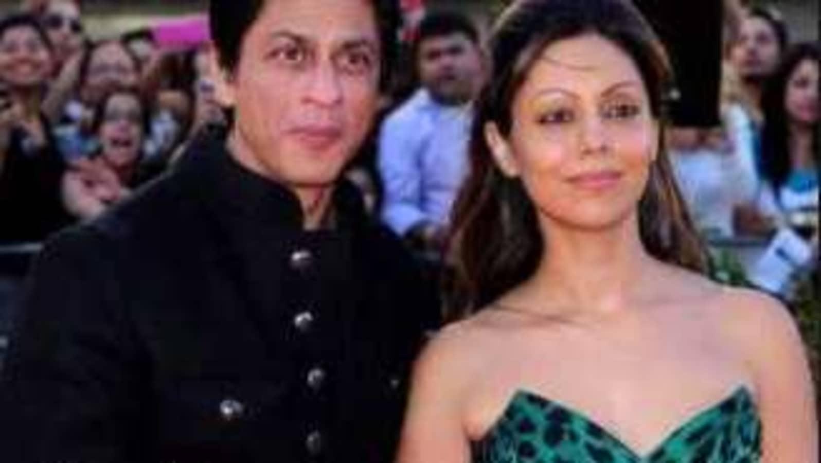 Gauri Khan shares a glorious throwback pic with Shah Rukh Khan, see here - Hindustan Times