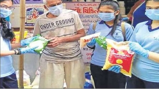 The students contributed food items like wheat flour, pulses, oil, rice, sugar, spices etc.