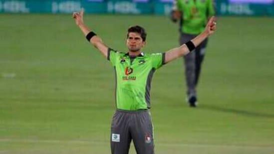 Shaheen Afridi celebrates after taking the wicket of Karachi Kings' Waqas Maqsood during a Pakistan Super League T20 cricket match between Karachi Kings and Lahore Qalandars at the National Stadium, in Karachi.(AP)
