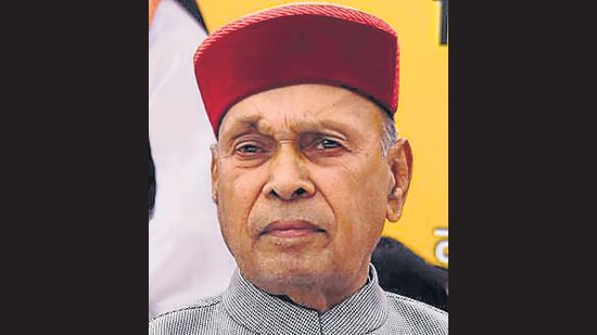 The septuagenarian, who has been a farmer and an English teacher at a private college, is seen as the common man's representative. (HT Photo)