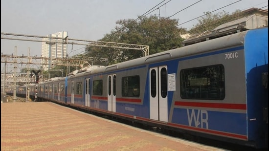 Presently, the WR operates AC local trains only on its fast railway line corridor between Churchgate and Virar railway stations. (HT Photo)