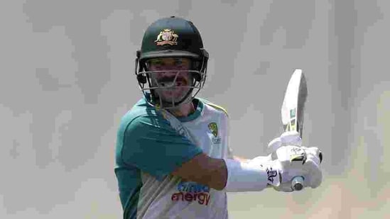 Australia's David Warner prepares to bat in the nets as they train at the Sydney Cricket Ground in Sydney.(AP)