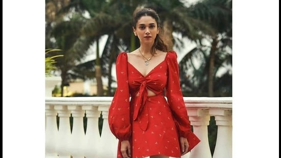 Aditi Rao Hydari in a knotted ensemble by designer Aniket Satam (Photo: Instagram/PinkPorcupine)