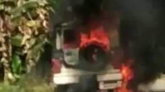 A police patrol vehicle set on fire by protesters in Bihar's Saran district on Wednesday.(Sourced photo)