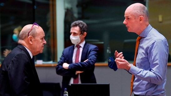 French Foreign Affairs minister Jean Yves Le Drian (L) talks with Dutch Foreign minister Stef Blok (R) during a Foreign Affairs meeting at the EU headquarters in Brussels in this file picture. ( AFP)
