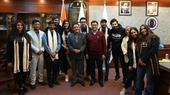 Varun Dhawan, Kriti Sanon and the Bhediya team with Arunachal Pradesh CM Pema Khandu.