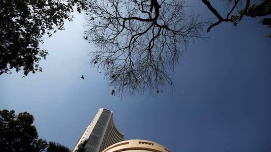 A bird flies past the Bombay Stock Exchange (BSE) building in Mumbai, India, January 31, 2020. REUTERS/Francis Mascarenhas/File Photo(REUTERS)