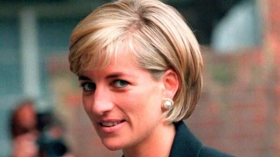 Princess Diana arrives at the Royal Geographical Society in London for a speech on the dangers of landmines throughout the world.(REUTERS / File Photo)