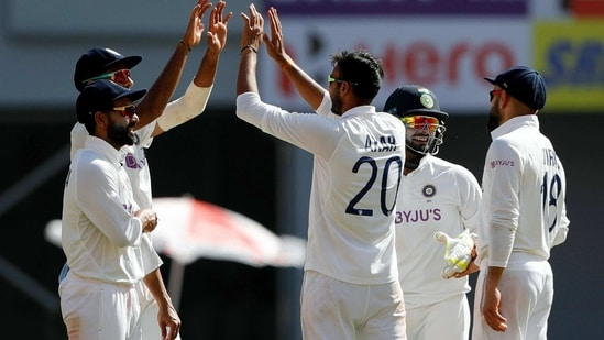 India's Axar Patel celebrates a dismissal with teammates during the 4th Test Match between India and England at Narendra Modi Stadium in Ahmedabad on Thursday.(ICC/ANI Photo)