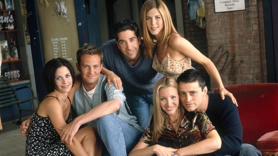 The cast of FRIENDS will be coming together for a reunion epsiode.