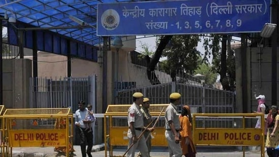 The conspiracy came to fore during the first week of January when following a tip off, the attempt to smuggle the mercury inside the jail in a perfume bottle, was foiled by a team of special cell.(Vipin Kumar/Hindustan Times)