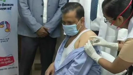 Delhi CM Arvind Kejriwal got the first dose of Covid-19 vaccine on Thursday(ANI Twitter)
