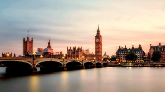 After months of lockdown, airlines hope Britain will give the go-ahead from mid-May for holidays to restart, boosting an industry whose finances have been slammed by the pandemic.(Unsplash)
