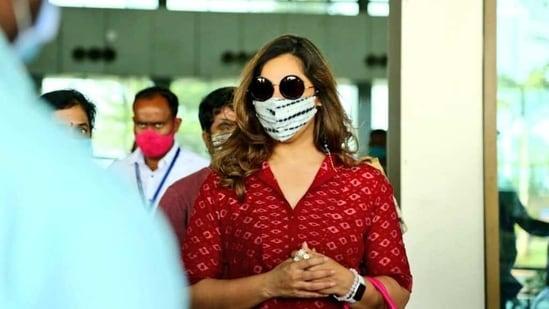 Upasana at the airport.