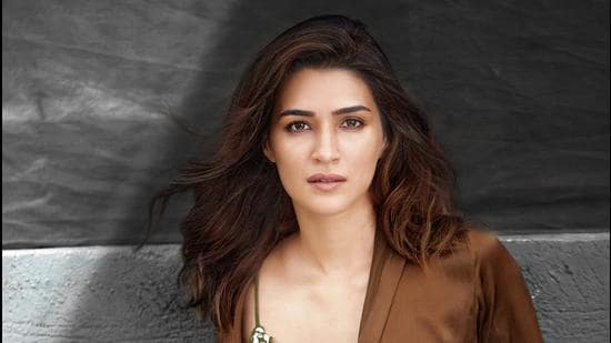 Actor Kriti Sanon has a packed 2021 with the films Bhediya and Ganpath.