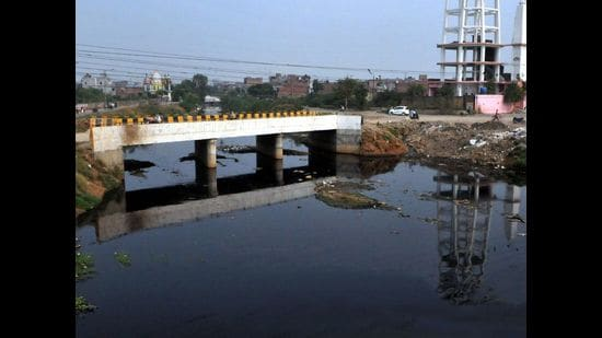 The wastewater will be discharged in the Buddha Nullah. (HT File Photo)