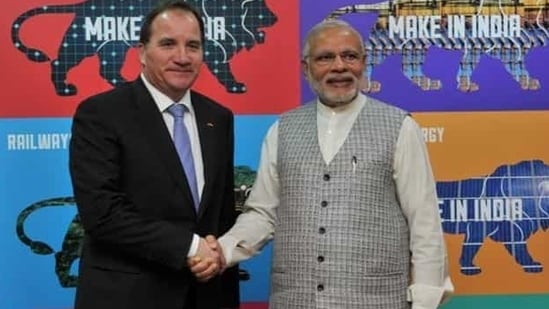 Prime Minister Narendra Modi with Swedish Prime Minister Stefan Löfven at the Make in India centre, in Mumbai. (Picture courtesy: PIB)