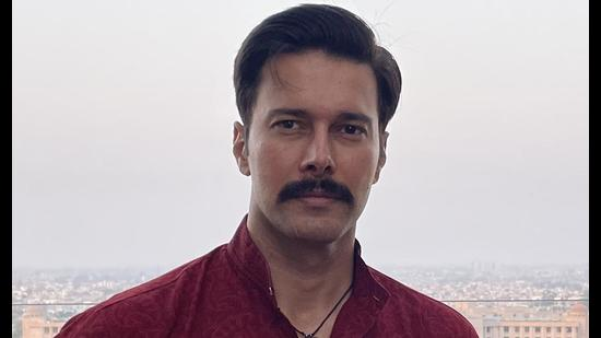 Actor Rajniesh Duggall is currently shooting for OTT series 'Inspector Anivash' in Lucknow. (HT Photo)