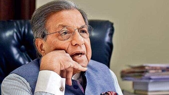 The chairman of the 15th Finance Commission NK Singh(Sonu Mehta/ HT Archive)