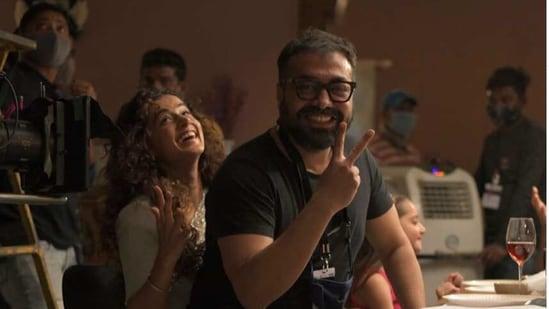Anurag Kashyap with Taapsee Pannu on sets of Dobaaraa.