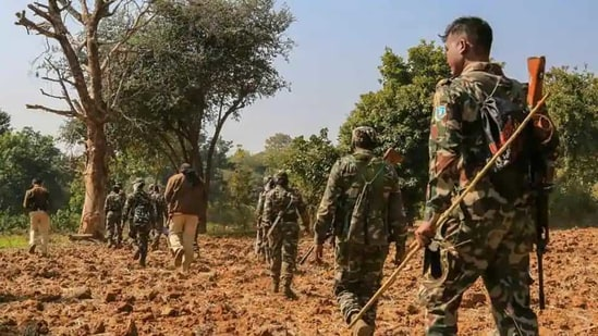 An Assistant Commandant of CRPF's CoBRA was killed and seven others were injured in an IED blast in Chhattisgarh(PTI file photo)