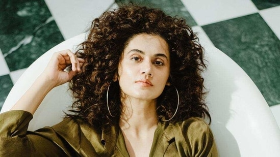 Actor Taapsee Pannu is currently shooting for her film Loop Lapeta.(HT_PRINT)