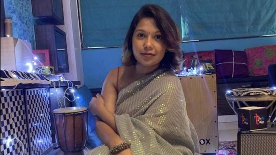 Aanchal Shrivastava has released a new song titled Saajan Ji.