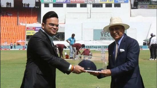 File image of Sunil Gavaskar being felicitated.(BCCI)