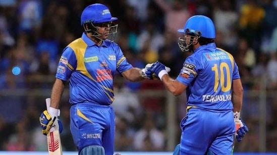 Sehwag and Tendulkar won the match for India Legends.(@100MasterBlastr)