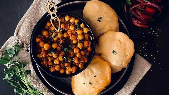 Pindi Chana Masala(CookPlateEatEnjoy)