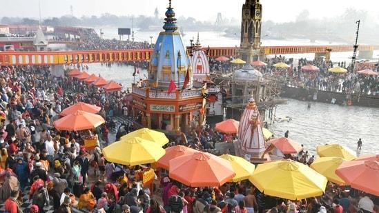 Devotees gather at the Har-ki-Pauri Ganga ghat in Haridwar(REUTERS)