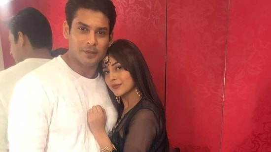 Siddharth Shukla shuts down a troll commenting on his friendship with Shehnaaz Gill.