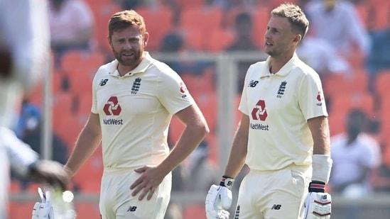 England's captain Joe Root and his teammate Jonny Bairstow(Twitter)