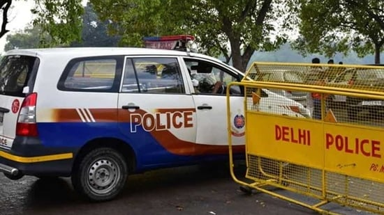 A senior police official said cops raided a restaurant-cum-bar in west Delhi's Rajouri Garden. (Representational Image)