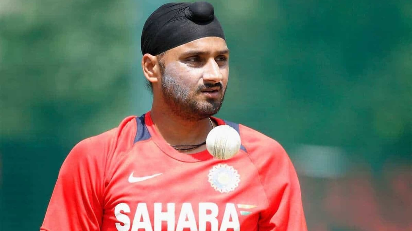 'He's still better than most of the youngsters': Harbhajan names India's 2nd choice wicketkeeper after Rishabh Pant - Hindustan Times