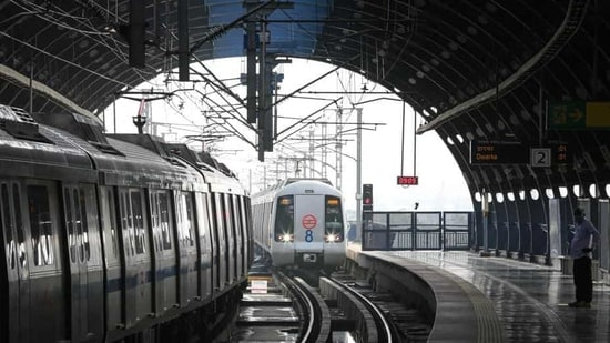 Metro services in Delhi were suspended from March 22, 2020, to September 6, due to the nationwide lockdown.(Sanchit Khanna/HT PHOTO)