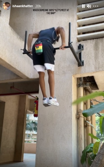 Ishaan Khatter during a pull-up session on a bar(Instagram/ishaankhatter)