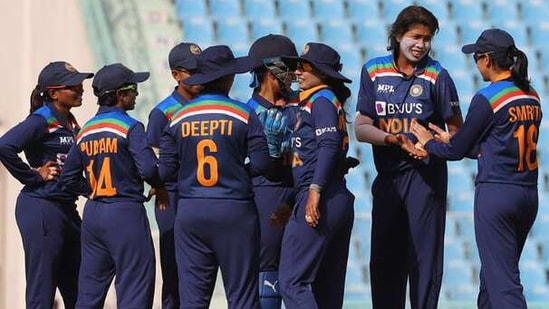 India Women's beat South Africa women by 9 wickets(Twitter)