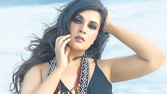 Richa Chadha shuts down troll for questioning reservation for women: 'You  should be retracted into the womb'   Bollywood - Hindustan Times