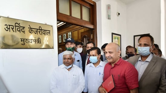 Delhi Chief Minister Arvind Kejriwal and Deputy Chief Minister Manish Sisodia arrive at Vidhan Sabha to attend the Budget Session, in New Delhi,(PTI)