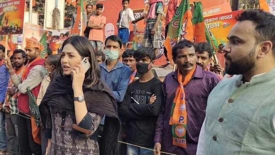 Pamela Goswami, Bharatiya Janata Yuva Morcha leader in Bengal, had named a party colleague Rakesh Singh in the drugs seizure case(Twitter/PamelaGoswami8)