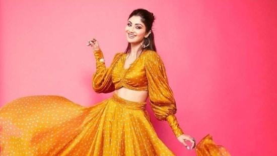 Shilpa Shetty in bandhani co-ord set(Instagram/ theshilpashetty)